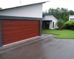 Eumundi Residence Garage