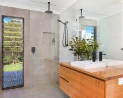 Woombye Residence Bathroom